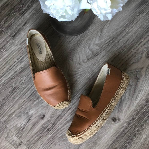 bfd4affe3965 Soludos Leather Platform Smoking Slipper (Tan). M 5afb74d084b5ced2aadfb1e8
